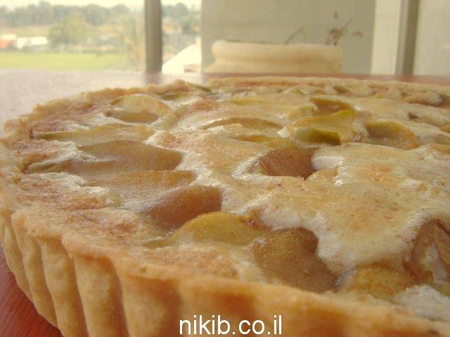 פאי תפוחים בקרם שקדים