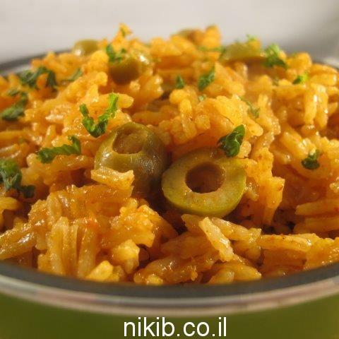 אורז אדום עם זיתים / ארוחה לשישי בערב
