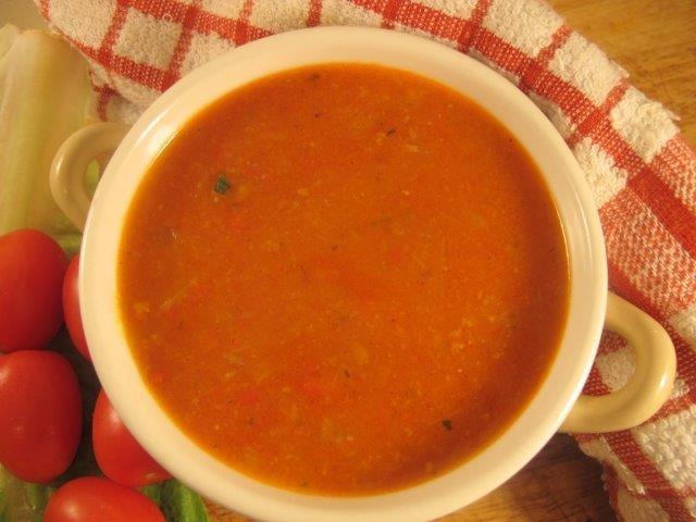 מרק שום ועגבניות / לקראת שבת מבחר מתכונים טעימים