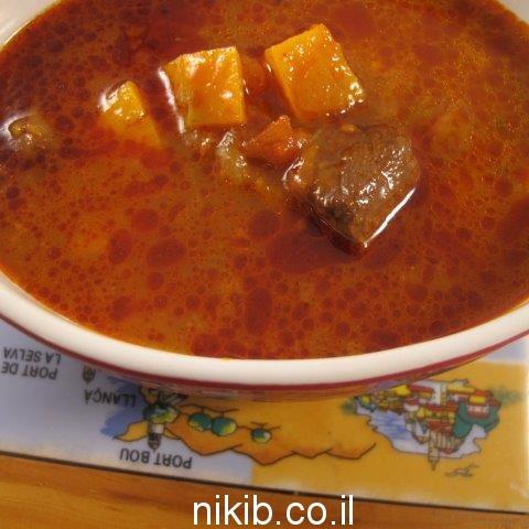 מרק בשר ועגבניות / מתכונים קלים לשישי