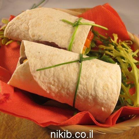 טורטיה ממולאת ירקות מוקפצים