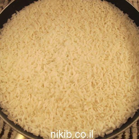 עלי מנגולד ממולאים אורז