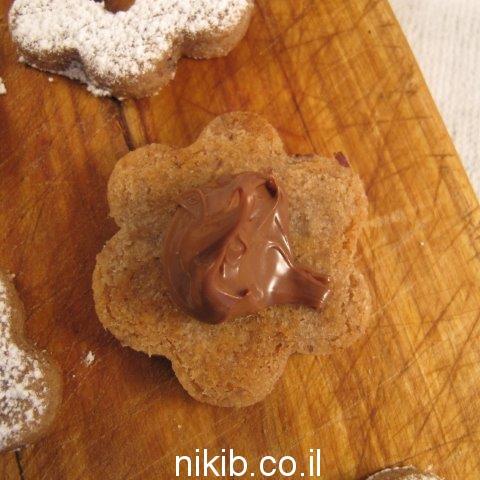 עוגיות תמרים ושוקולד