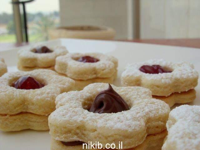 עוגיות פרח ריבה / ארוחה משפחתית מתכונים