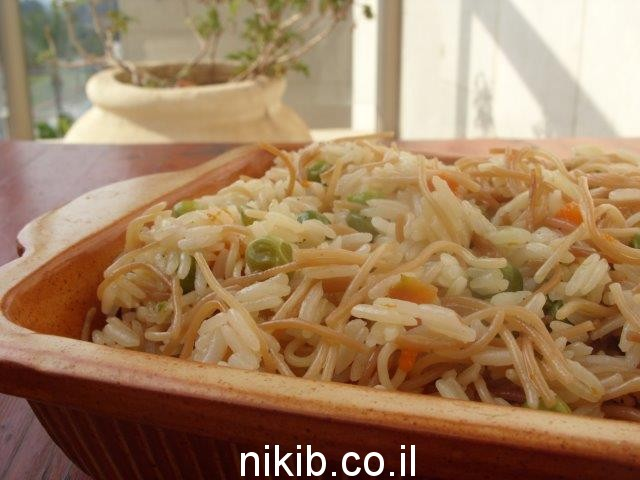 אורז עם אטריות אפונה וגזר / ארוחת שישי מתכונים קלים