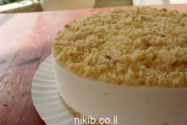 עוגת גבינה ופירורים קלה