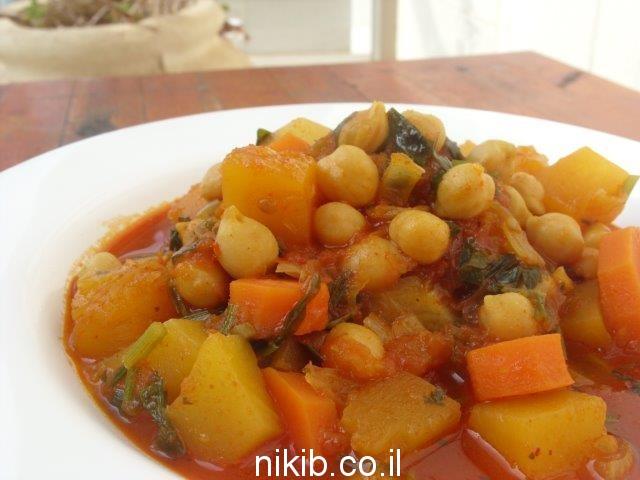 תבשיל ירקות עם קוסקוס / מתכונים לערב שישי