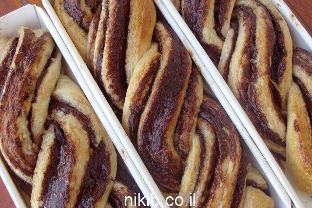 עוגת שמרים - קראנץ שוקולד / מבחר בישולים לשבת